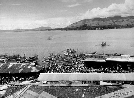 Islam Bazar at Dansalan on the shore of Lake Lanao, Mindanao, Philippines, 1949 a