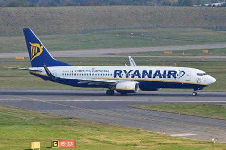 Boeing 737-8AS(w) 'EI-EFO' Ryanair