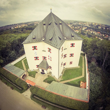 Bílá hora + letohrádek hvězda #dji #phantom #prague #aerial #rc #czech #czechigers #photooftheday #i