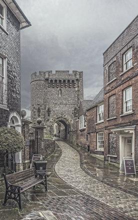 Lewes 005 Town 01a Castle Entrance EF1