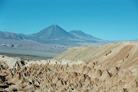La vallée de la mort et le Licancabur
