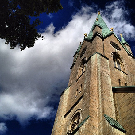 #sweden #linköping #domkyrka #cathedral #sky #clouds #vacation #statigram