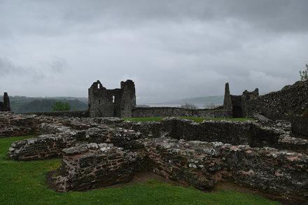 Llansteffan Castle-030