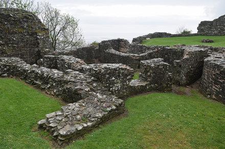 Llansteffan Castle-012
