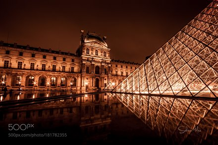 Louvre at night II