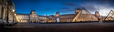 Wide wild Louvre
