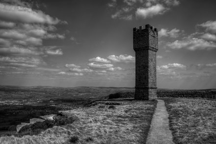 LUND'S TOWER, EARL CRAG, SUTTON-IN-CRAVEN, YORKSHIRE, ENGLAND.