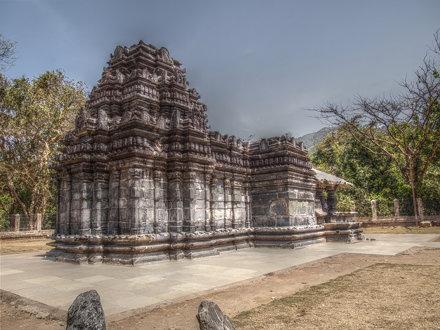 Mahadev Temple, Tambdi Surla (HDR)