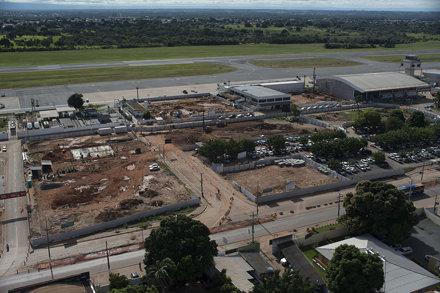 Abril/2013 - Obras no Aeroporto Internacional Marechal Rondon - Cuiabá MT