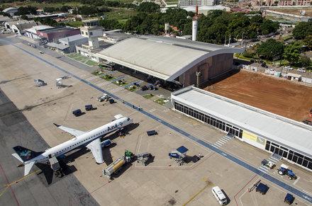 Março 2013 - Aeroporto Internacional Marechal Rondon - Cuiabá - Várzea Grande