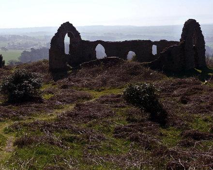 Hen Eglwys chapel ruins 28th March 2012 (14)