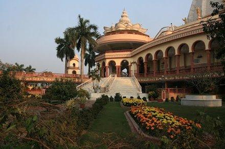 Maypur. Krishna temple.