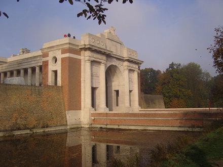 Menin Gate, Ypres 02