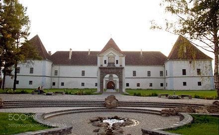 Miko castle