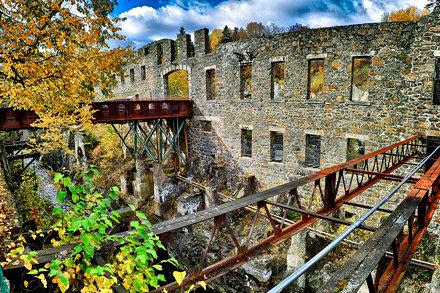 Ruine du moulin Saint-Joseph de la Pulperie de Chicoutimi