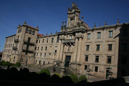 Monasteiro e Igrexa de SAN MARTIÑO PINARIO