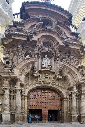 Peru_D804476