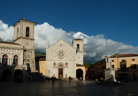 Elegia per Norcia  (before the earthquake)