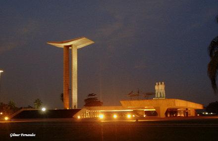 Monumento aos Pracinhas Noturna