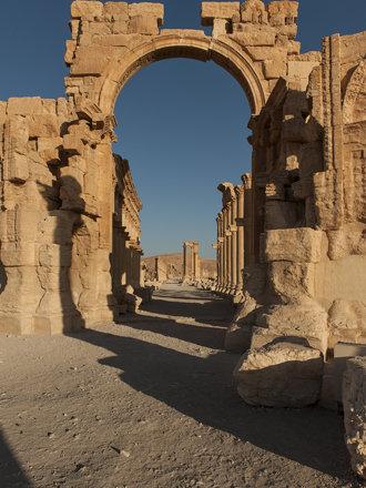 Palmyra: Monumental Arch