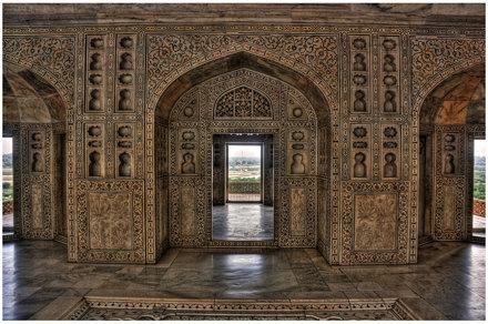 Agra IND - Agra Fort Musamman Burj Interior