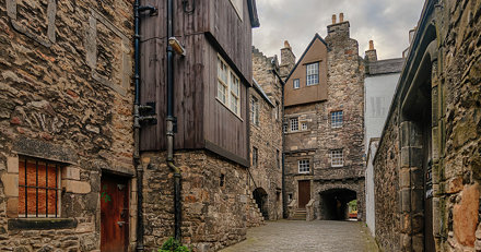 Panoramic View of Bakehouse Close, Royal Mile. Edinburgh