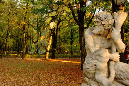 The watch-guardian of Warsaw's park