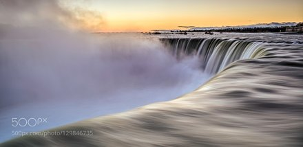 __Morning in Niagara__