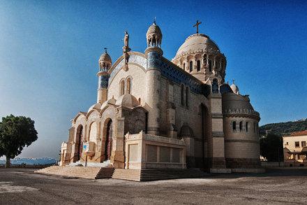 Notre Dame d'Afrique au petit matin, Alger