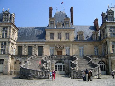 Escalier du fer à cheval à Fontainebleau