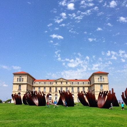Le Palais du Pharo attend les participants de #shake14 sous le soleil.