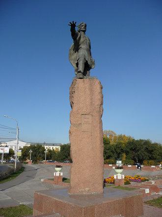 Памятник_Андрею_Дубенскому,_Красноярск