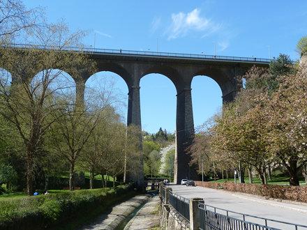 Viadukt, Passerelle oder Alte Brücke