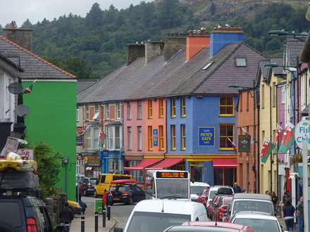 High Street, Llanberis - colourful buildings to Pete's Eats Cafe