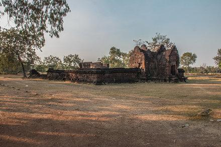 IMG_1828 - Route 22 - ruine temple khmer - Phra That Phu Pek