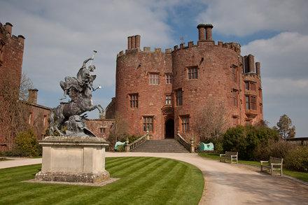 Wales - Powys - Powis Castle - 23rd March 2011 -12.jpg