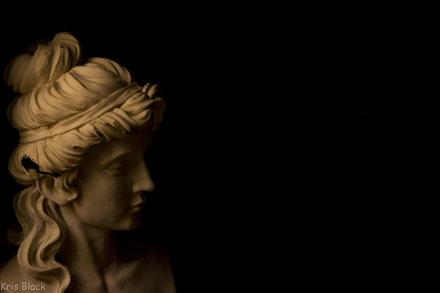 Roman Woman Cast
