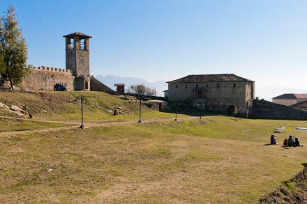 Kalaja e Prezes - il castello di Prezza.