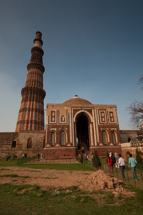 India - Delhi - Qutb Minar - 14th February 2010  -4