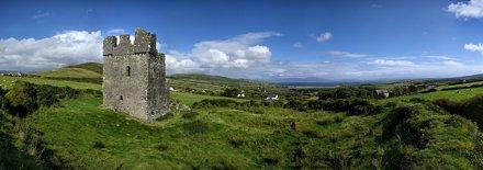 Rahinnane Castle and the Atlantic panorama, Dingle Peninsula