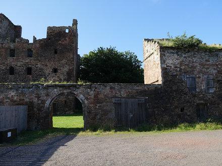 2017-07-24 192 Redhouse Castle