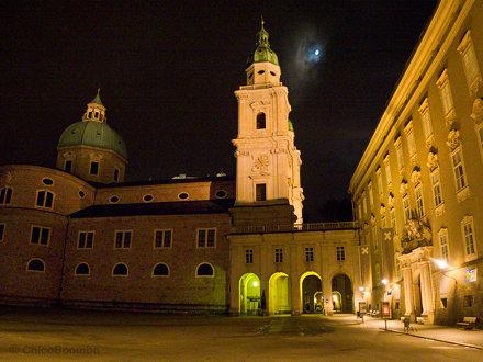 """Residenzplatz in the Altstadt (""""Old Town"""") of Salzburg, Austria"""