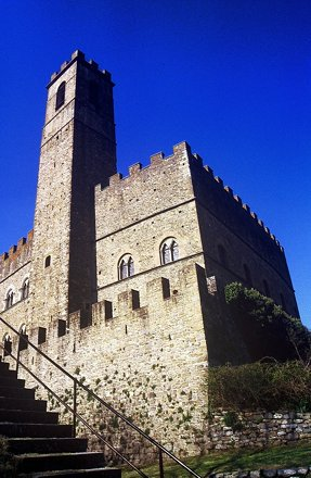 Poppi (Arezzo) - Palazzo Comunale (Scan from diapo)