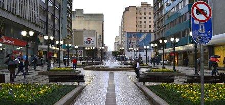 Curitiba sob chuva