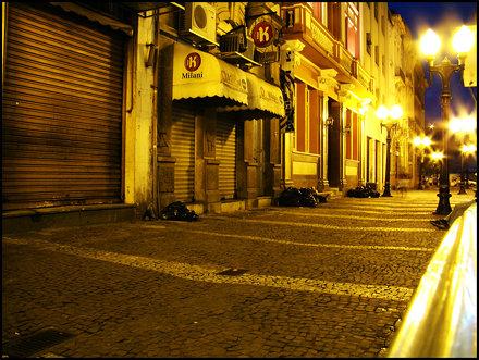 Abandonado - Rua XV de Novembro - Centro Antigo - Santos-SP