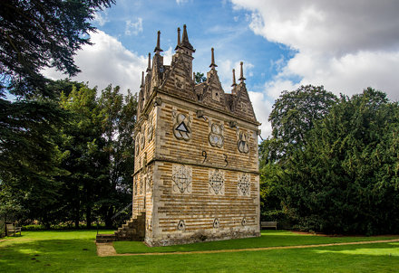 Rushton Triangular Lodge 2