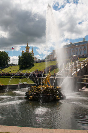 Peterhof - Samson Fountain 4
