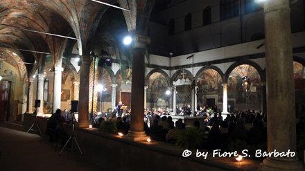 Napoli (NA), 2007, Concerto nel Chiostro di Santa Maria la Nova.