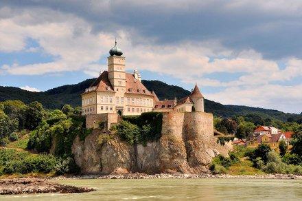 Donauschifffahrt Wachau, Schloss Schönbühel