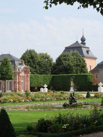 Dans le parc, château baroque de Schwetzingen (1700-1717), Schwetzingen, Rhin-Neckar, Bade-Wurtember